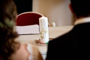 1069-Hochzeitsfotograf-Gundelsheim1518_Lisa_Alex